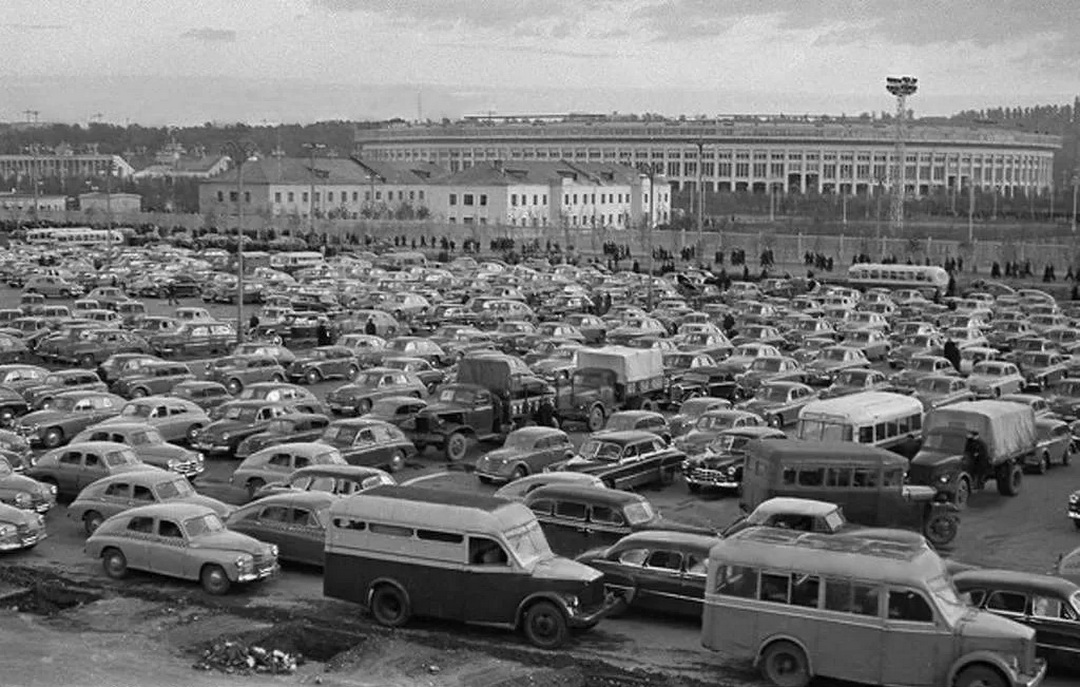 Car parking in Luzhniki. Moscow. 1956
